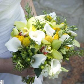 hoa cuoi